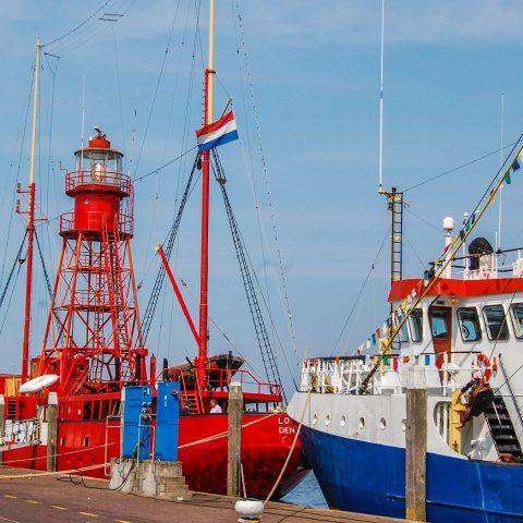 Den Oever Boats
