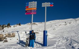 Joey And The Slope Signs In Flaine