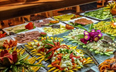 Cuban Resort Food Buffet